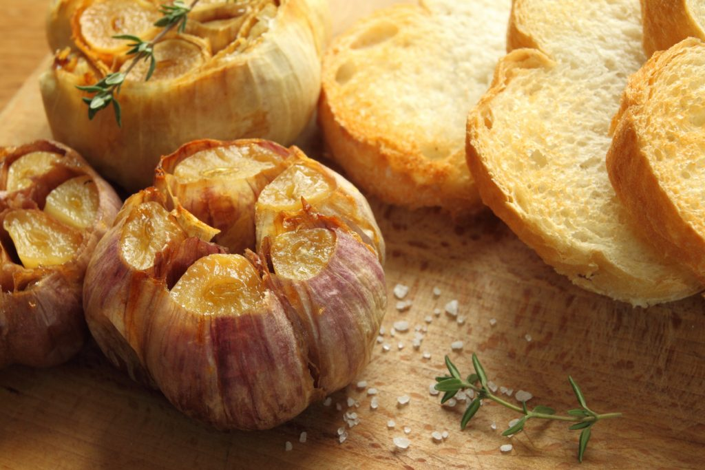 How to Use Roasted Garlic As a Superstar -